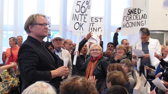 Gotlanningar protesterar mot hojda farjepriser