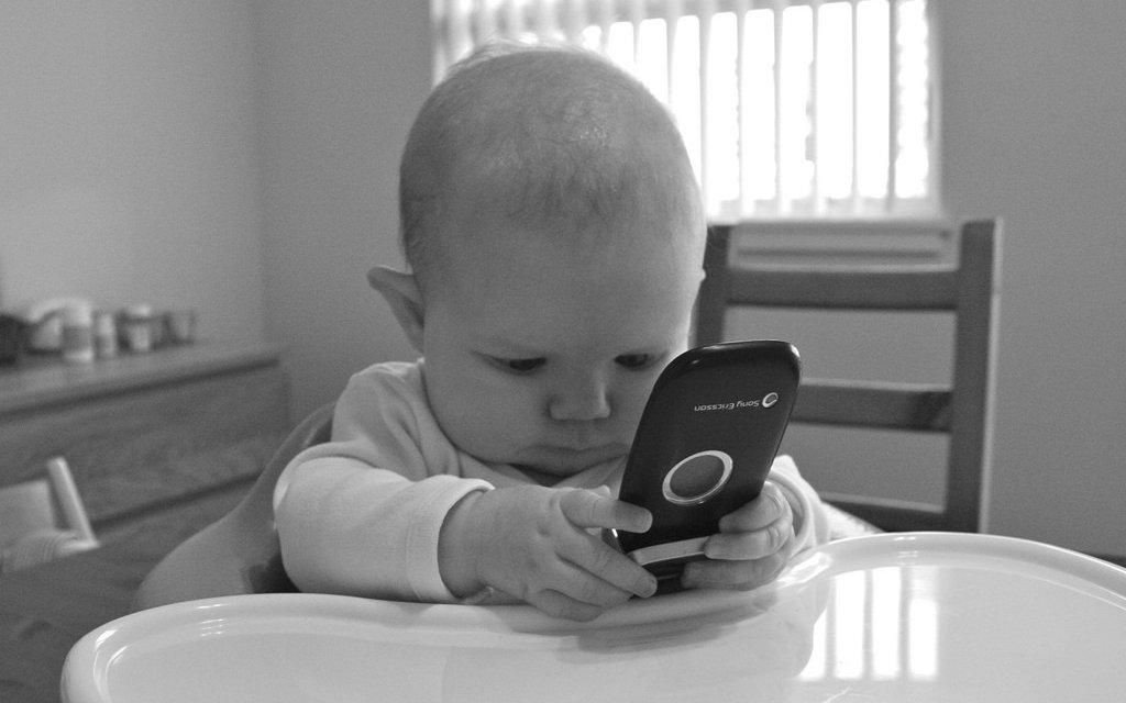 Guide  Bästa mobilen för barnen - Hem   Hyra 27a44fb67a1e2