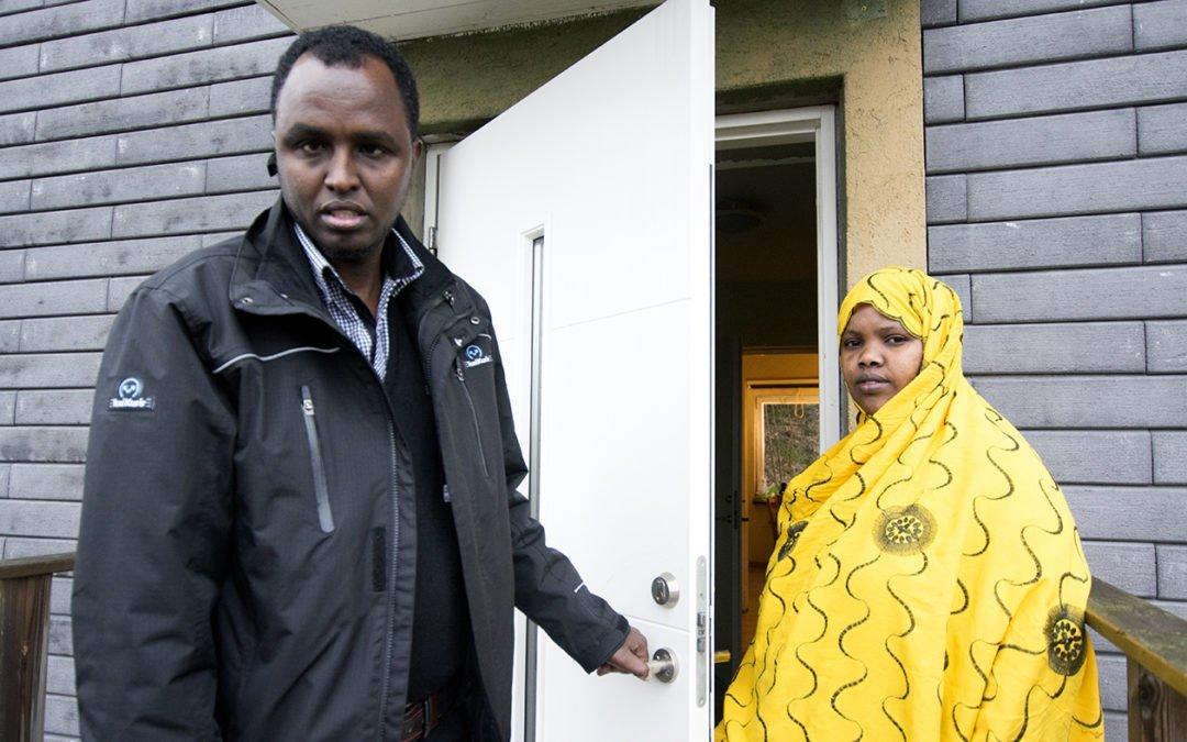 Fem barnfamiljer pa samma gata blir hemlosa