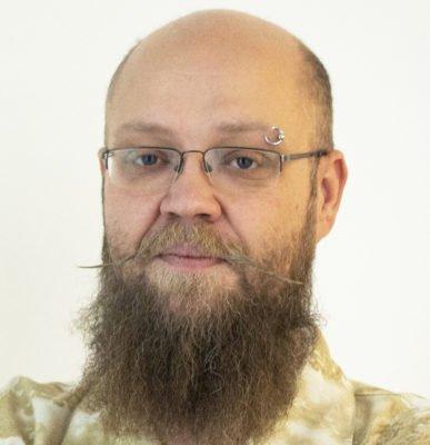 Porträttbild Daniel Carlenfors.