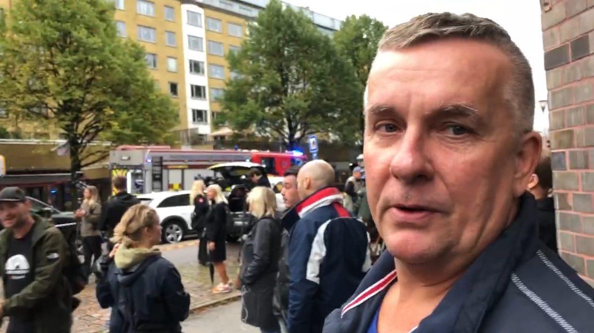 Cezary Nilsson är hyresgäst i huset på Övre Husargatan som drabbats av en explosion.