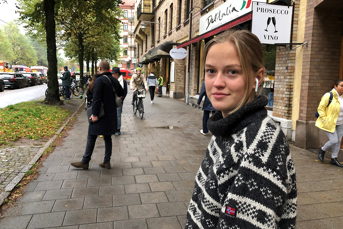 Wilma Dahlberg bor granne med huset på Över Husargatan som drabbats av en explosion.