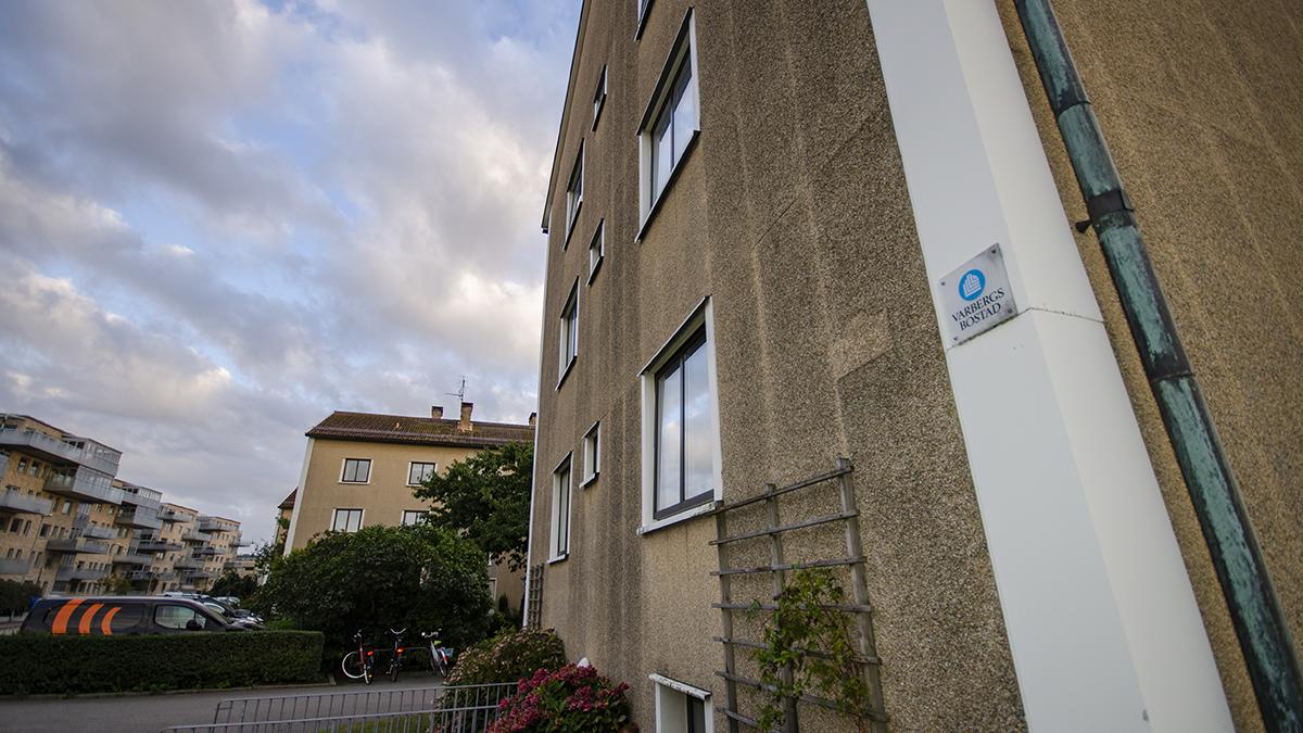 """Varbergs Bostad har i dagsläget inga planer på att ersätta äldre lägenheter med nybyggen. """"Vi har inte berört frågeställningen i företaget och vi har inga aktuella projekt"""", säger vd Ulf Hofstedt."""