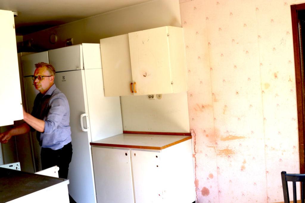 Slitet kök i lägenhet som Migrationsverket hyrt