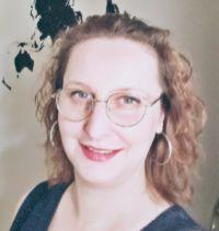Kvinna med glasögeon